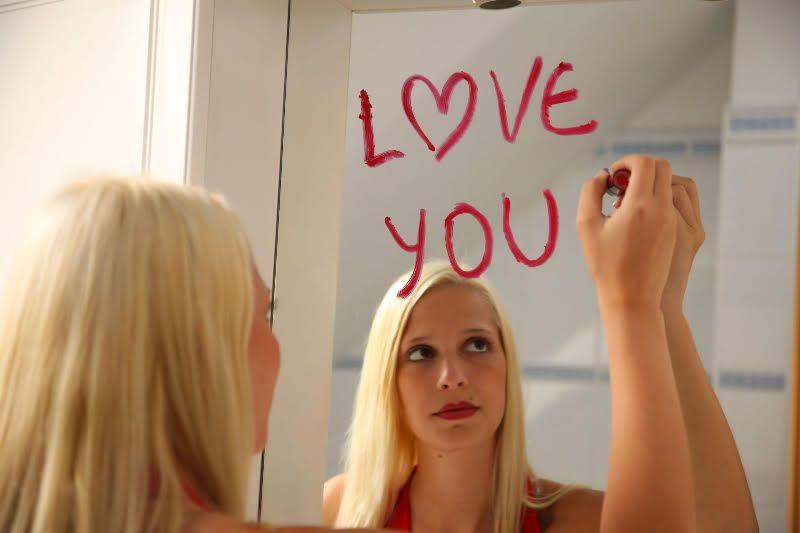 Dating femei curaj edin? a de? edin? a a lui Celibator