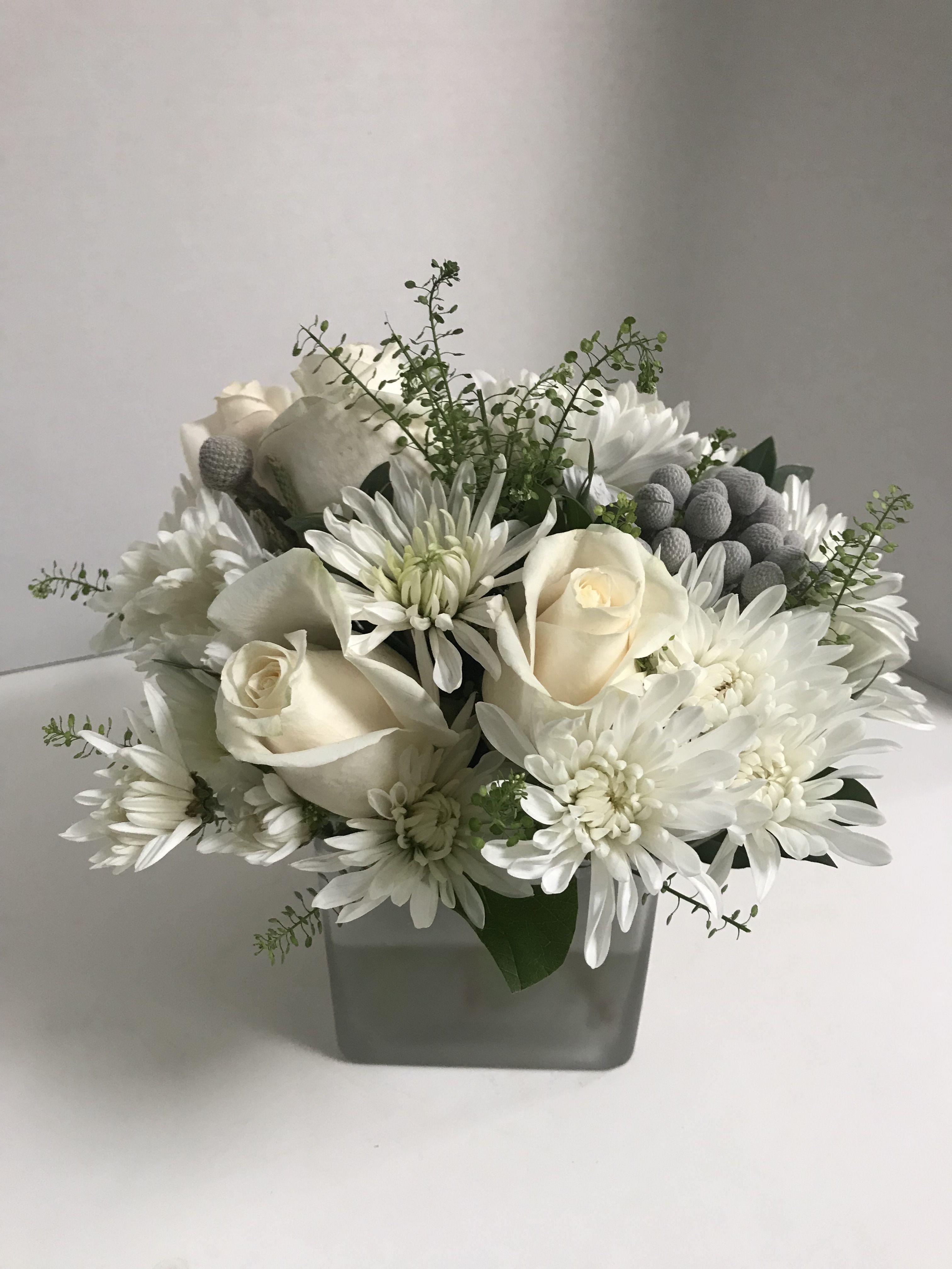 Small White Floral Arrangement Flower Arrangements Simple