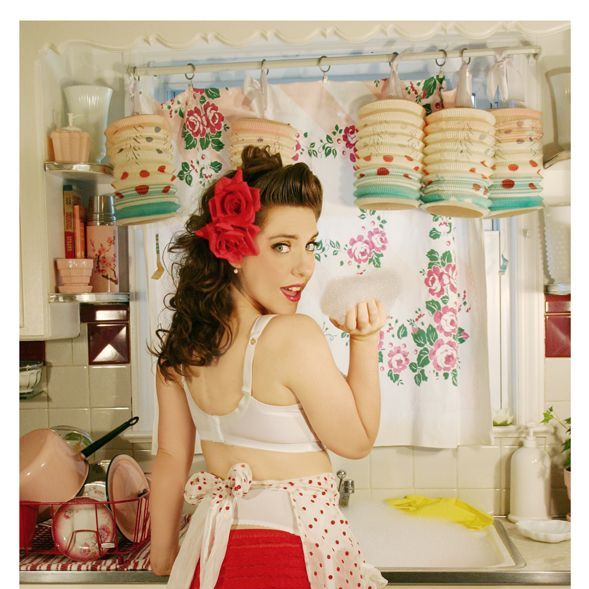 Rockabilly Kitchen Decor: Retro Kitchen /pin Up.How Fun Is This?? Love The Colors