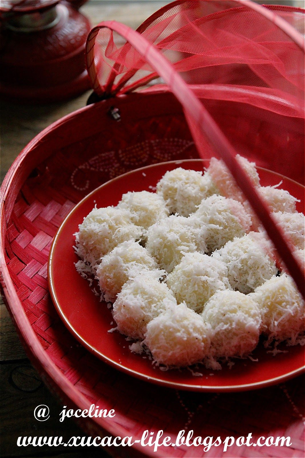 Butter . Flour & Me      爱的心灵之约: 马铃薯椰糖粒(Potato Ondeh Ondeh)