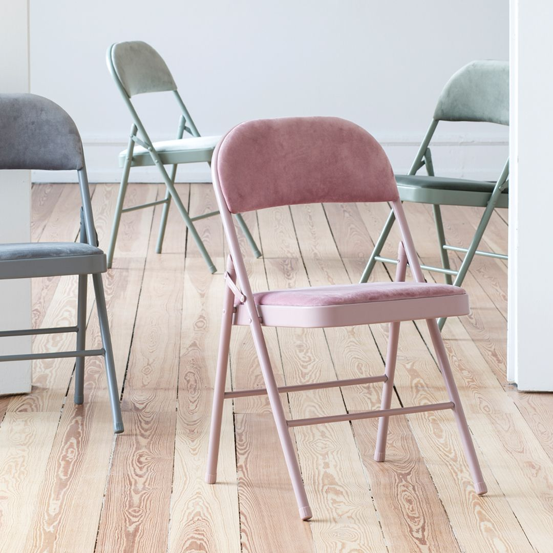 Stylish Folding Chairs Are a Great SpaceSaving Investment