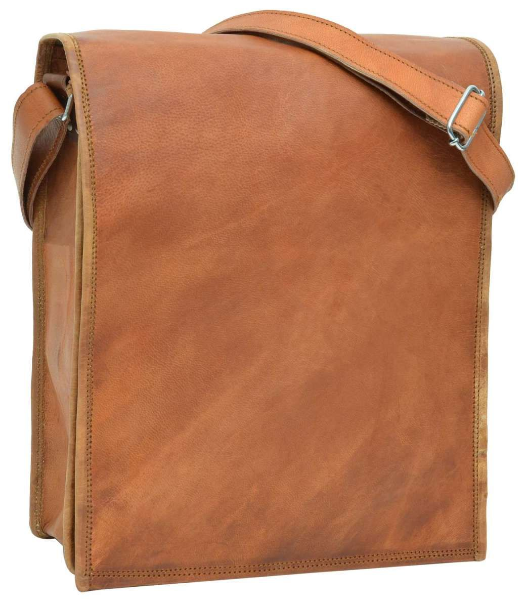 Roman backpack   Simple Rugged Bags   Pinterest   Bags, Rugs and Waxed  canvas 9335db726a