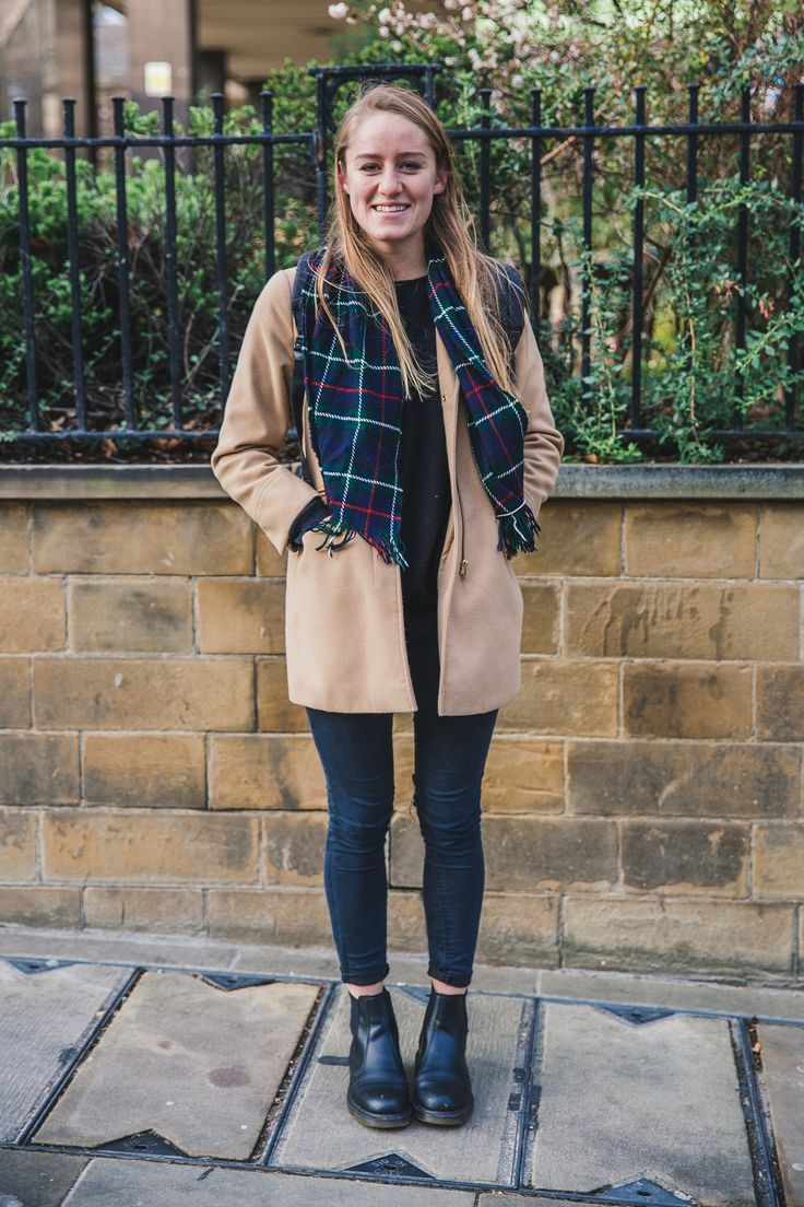how to wear doc martens outfit ideas teal seahorse http