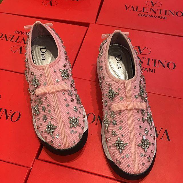 42 Hong Kong Import Ingdior Pink Harga Rp 500000