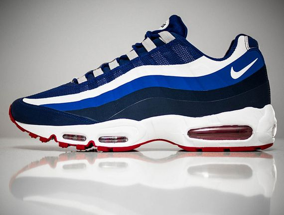 official photos f4100 cb16f Nike NY Giants Air Max Sneaks