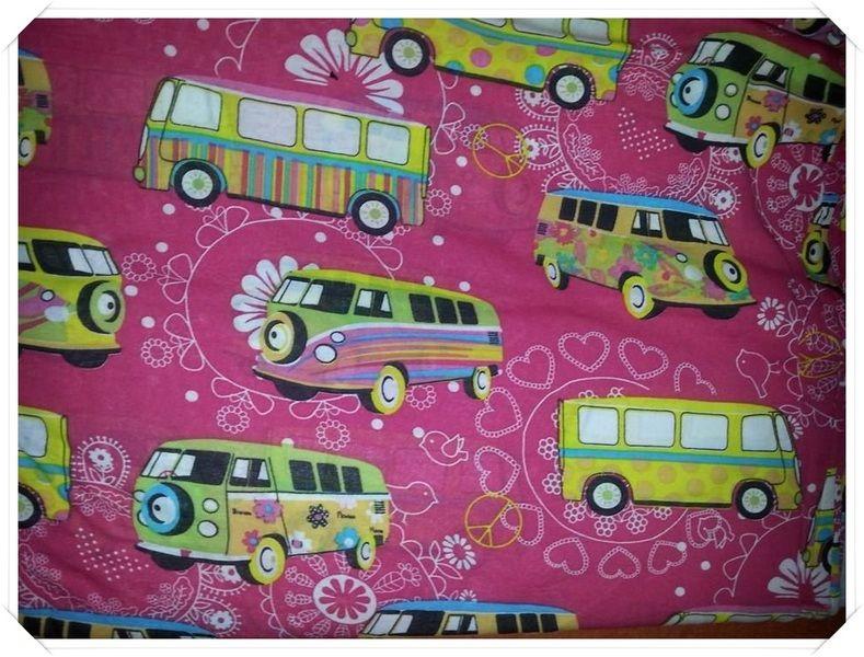 Jersey Retro Bus Pink von NinniDesign auf DaWanda.com