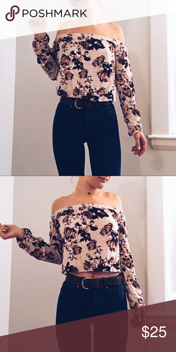 53d25a42253ec Kendall   Kylie Floral Off the Shoulder Top Super cute and only worn once!  Kendall   Kylie Tops Blouses