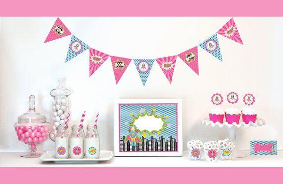 Te Van A Encantar Estas Lindisimas Ideas Para Celebrar Tu Pequena Con Una Fiesta De Supergirl Coloca Guirnaldas Globos Color Blanco Y Rosa