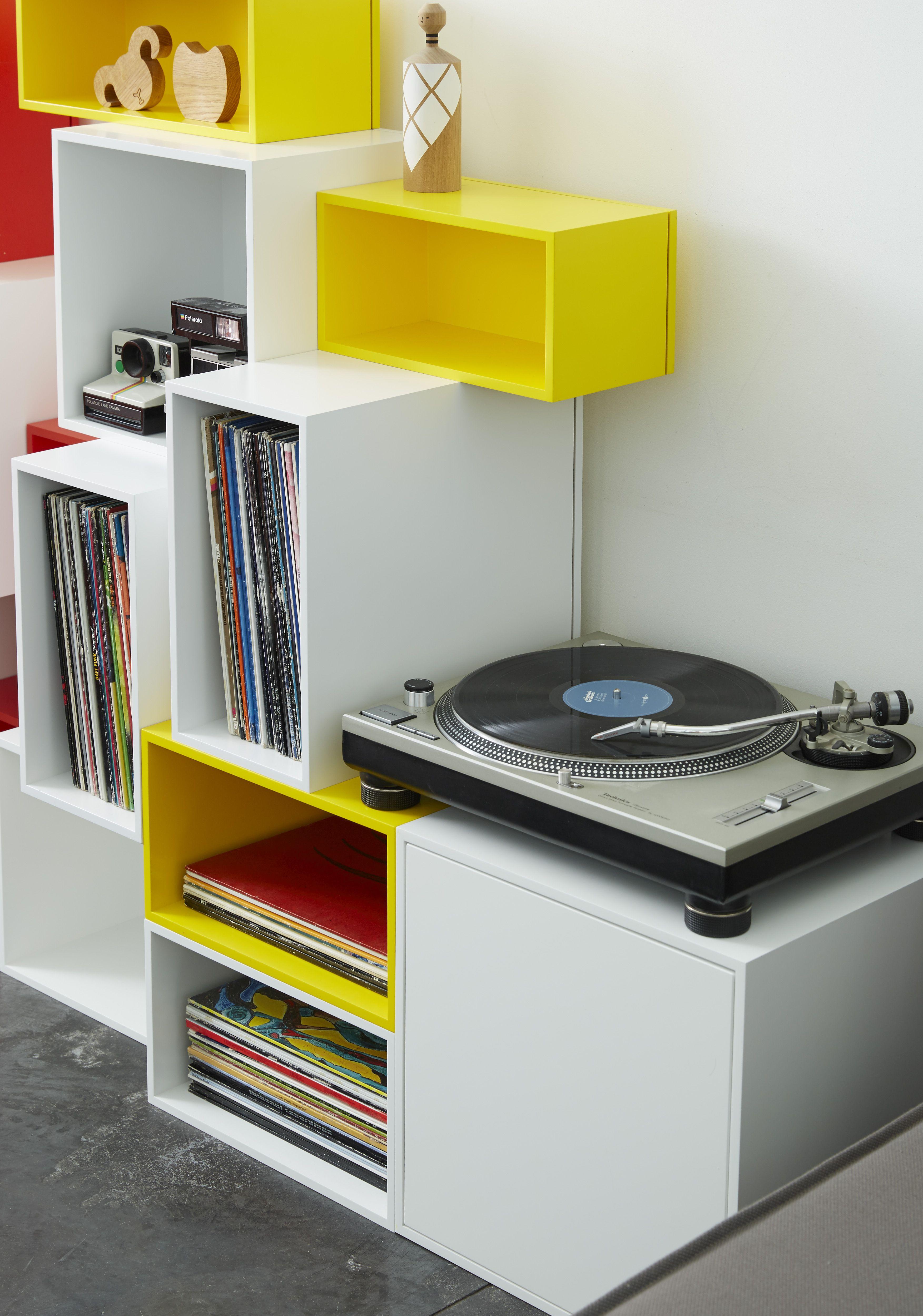 Etagere Bibliotheque Cube Jaune Et Blanche Pour Ranger Des Vinyles 33 Tours Disques Un Design Moderne Et Meuble Vinyle Mobilier De Salon Rangement Vinyle