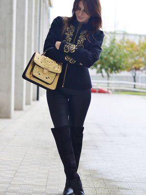 7853eb3c40 MaPetitebyAna Outfit Otoño 2013. Combinar Abrigo Negro Stradivarius ...