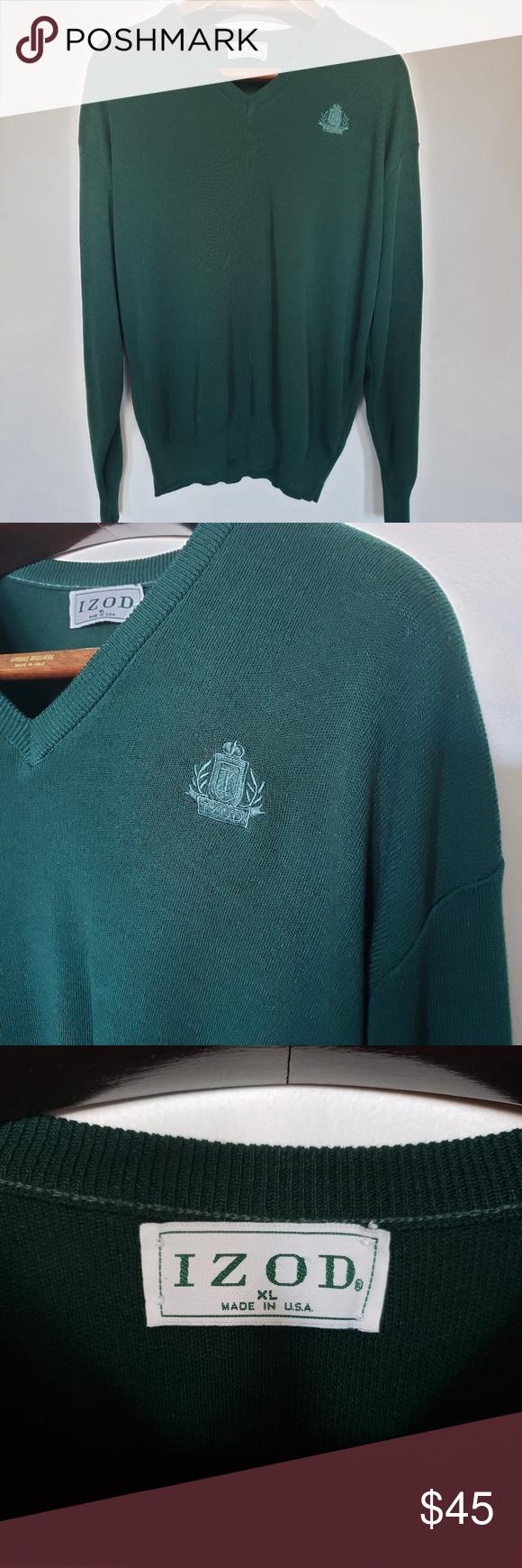 "Vintage // IZOD sweatshirt • S i z e R e f e r e n c e • -Model: 5""2 • D e t a i l s •  -Condition: Great!  ⚜ Vtg is pre-loved. Normal..."