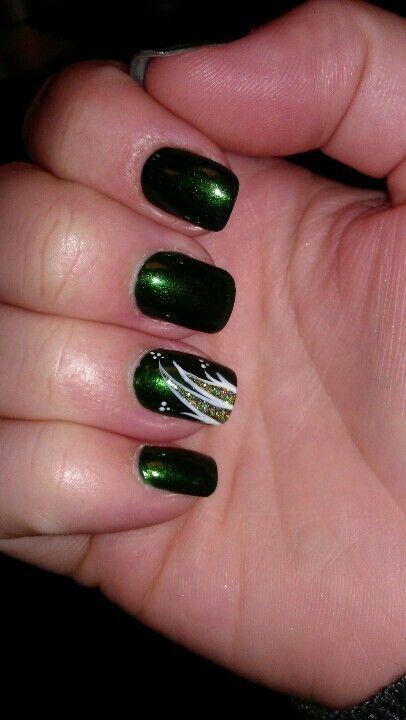 Emerald Green Nail Design Green Nails Nail Polish