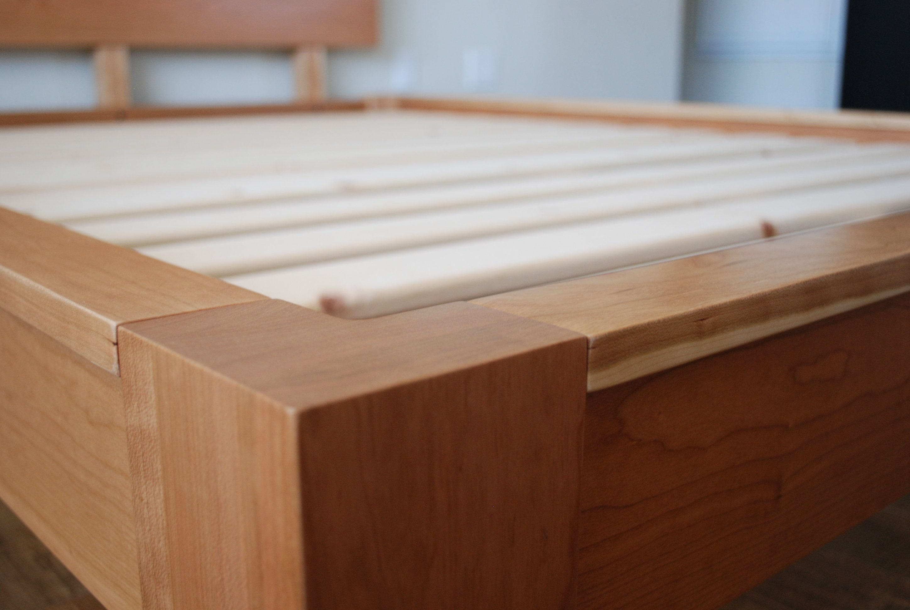 LowProfile Platform Bed with Headboard in Cherry