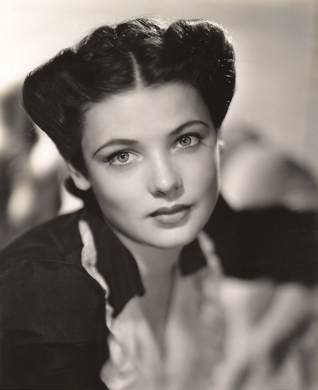 Screen Goddess Gene Tierney Classic Hollywood Face