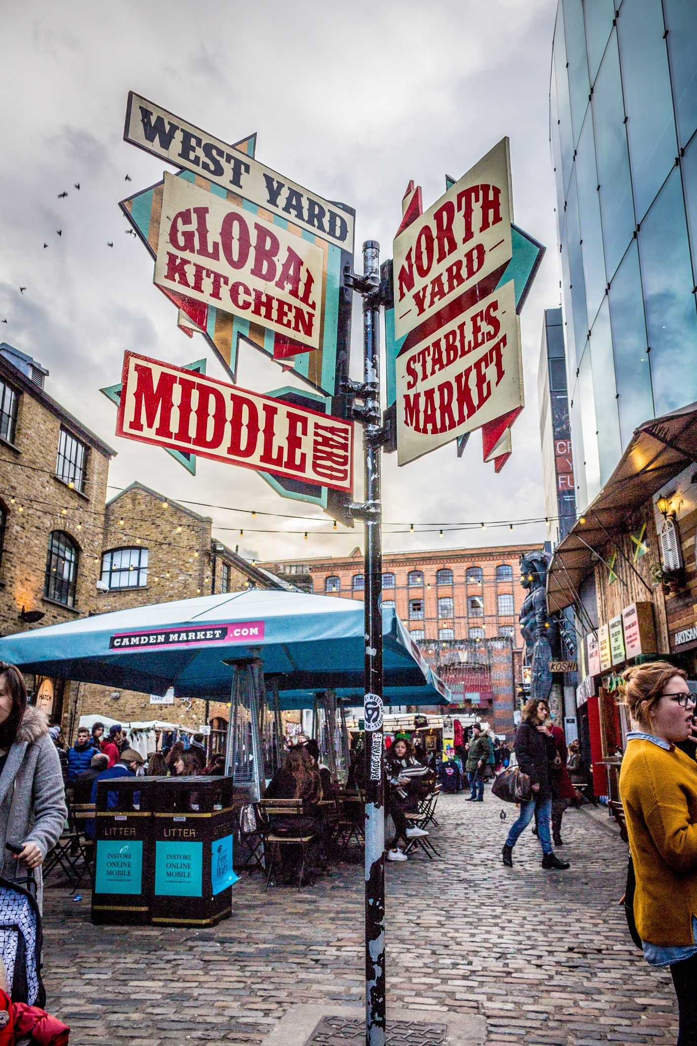 Camden is such a cool neighbourhood, and it's food market is no exception. It's located right along Regent's Canal, which makes for a great place to sit and eat your market purchases. Any type of food you could imagine is sold in this market, from handmade pasta to banh mi to gourmet mac n' cheese to kabob sandwiches, there's literally any type of cuisine you could possibly want