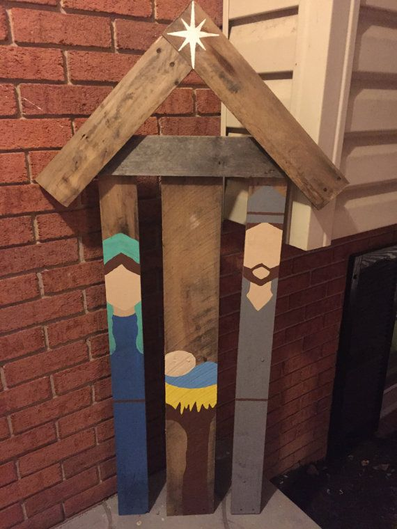 Rustic reclaimed pallet wood nativity scene by for Outdoor wood projects ideas