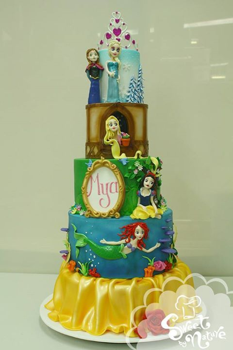 disney birthday cake Elsa and Anna from Frozen Rapunzel from
