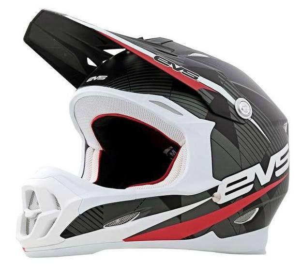 Evs T7 Helmet The T7 Helmet Is A Lightweight Polycarbonate Helmet With Increased Ventilation For Maximum Motocross Gear Motocross Helmets Dirt Bike Helmets