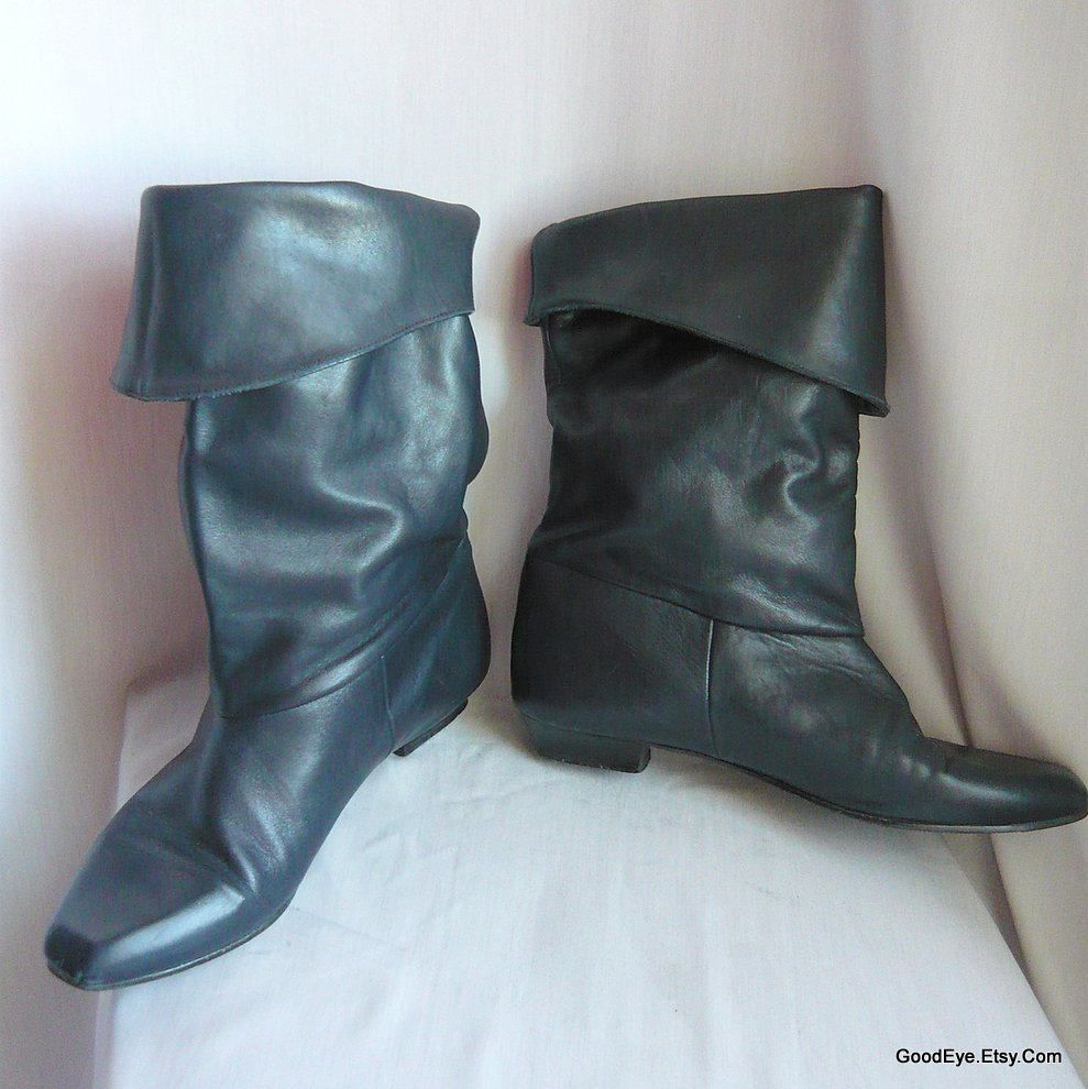 3bf90ae08264a 80s Leather slouch Boots / size 10 m Eur 42 UK 7 .5 / Flat Heel ...