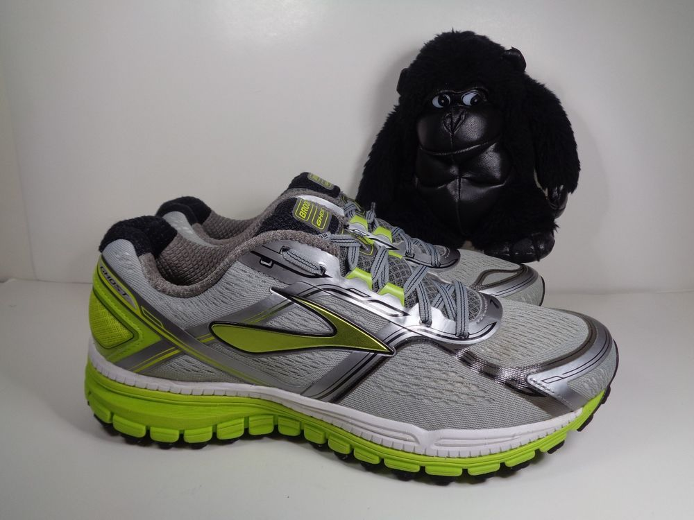 e9a4399a70a Mens Brooks Ghost 8 th Edition Running Training shoes size 11 US Wide (2E)   Brooks  RunningCrossTraining