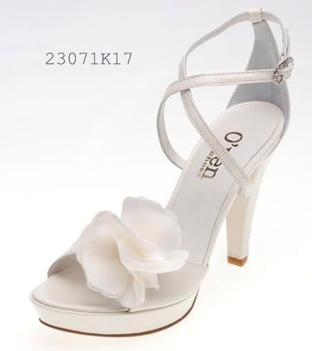 Scarpe Sposa Pittarello.Pin Di Melissa Mallma Jimenez Su Zapatos De Novia Scarpe Da