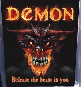 Demon kommt in einer 3-Gramm-Tüte daher und soll einem Feuer unter dem Hintern machen.