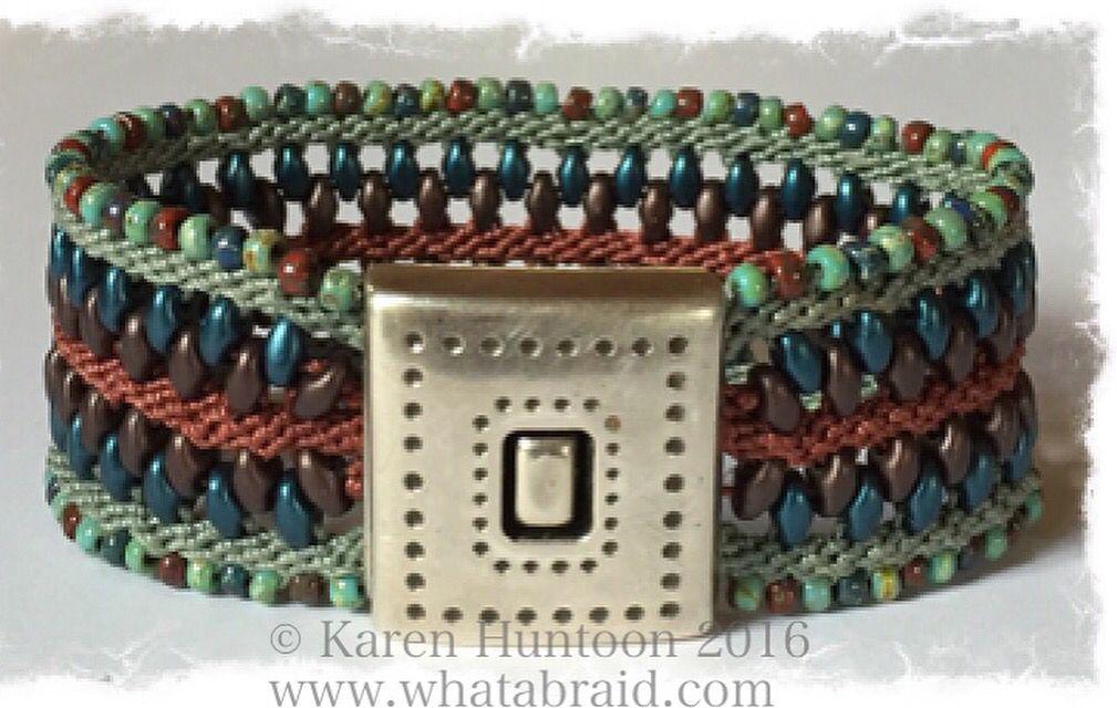Zip it Up Triple Braided Bracelet Kit designed by © Karen Huntoon 2016 www.whatabraid.com  #kumihimo #kumihimokits #kumihimobracelets