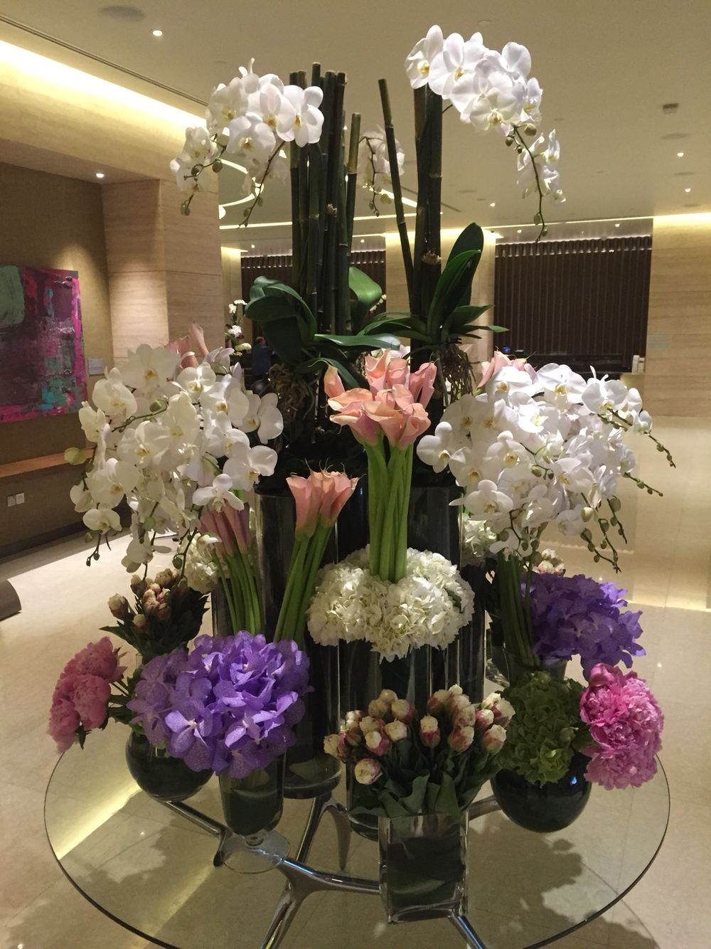 A Creation For One Farrer Hotel Spa Singapore Floral Arrangements Calla Lillies Calla Lily