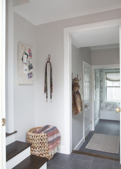 Benjamin Moore Balboa Mist Is A Soft And Gray Colour With Taupe Undertone Being Slight Warm Purple