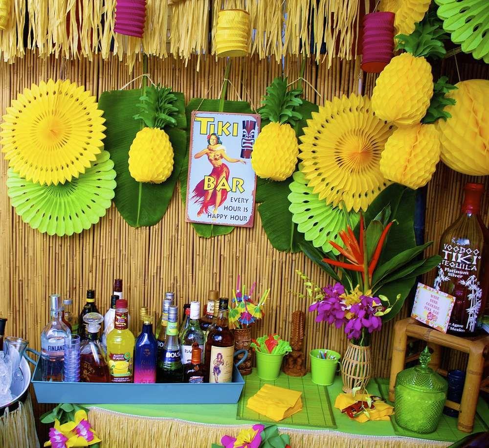 атрибуты для вечеринки в гавайском стиле фото темноте