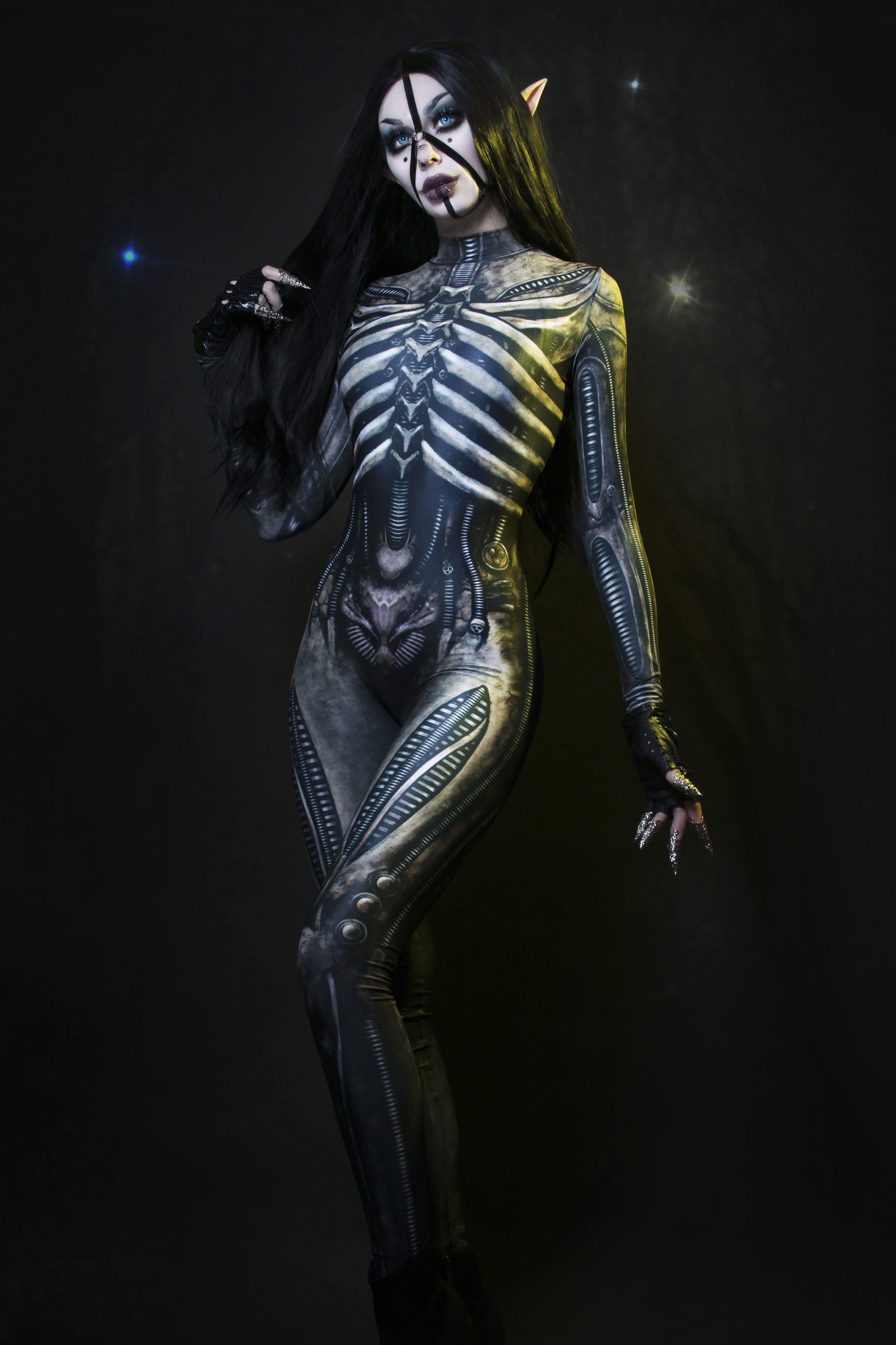 Xenomorph Costume in 2020 Xenomorph costume, Halloween