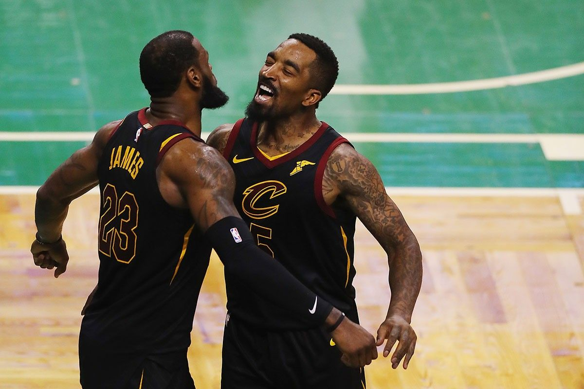 Nba Fans React To The Lakers Signing J R Smith In 2020 Nba News Lebron James Lakers Sign