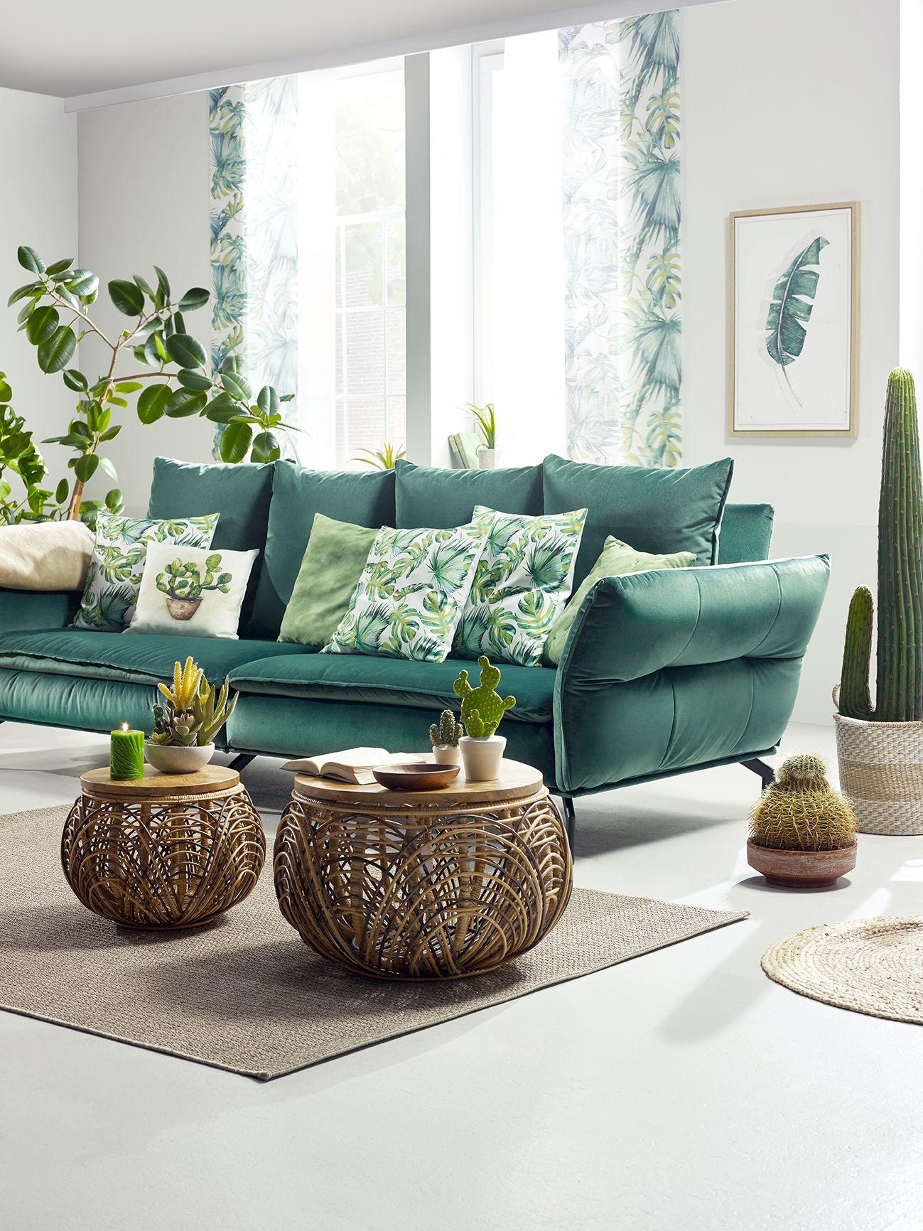 Megasofa In Grun Mit Kissen Online Kaufen Grune Wohnzimmer Wohnzimmer Ideen Gemutlich Couch Grun