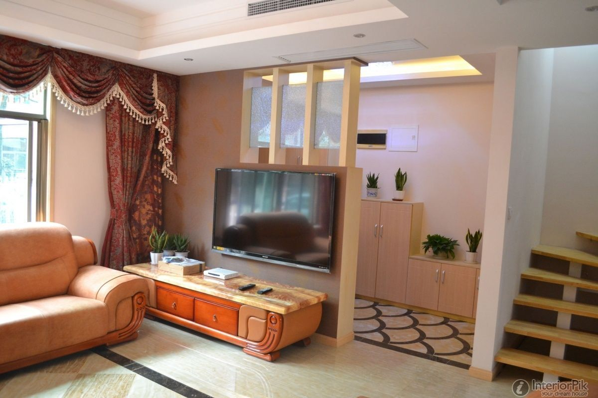 Stunning half wall room divider for contemporary home design