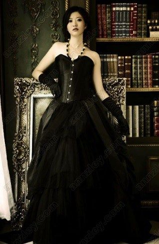 vintage corset top black gothic wedding dress  corset