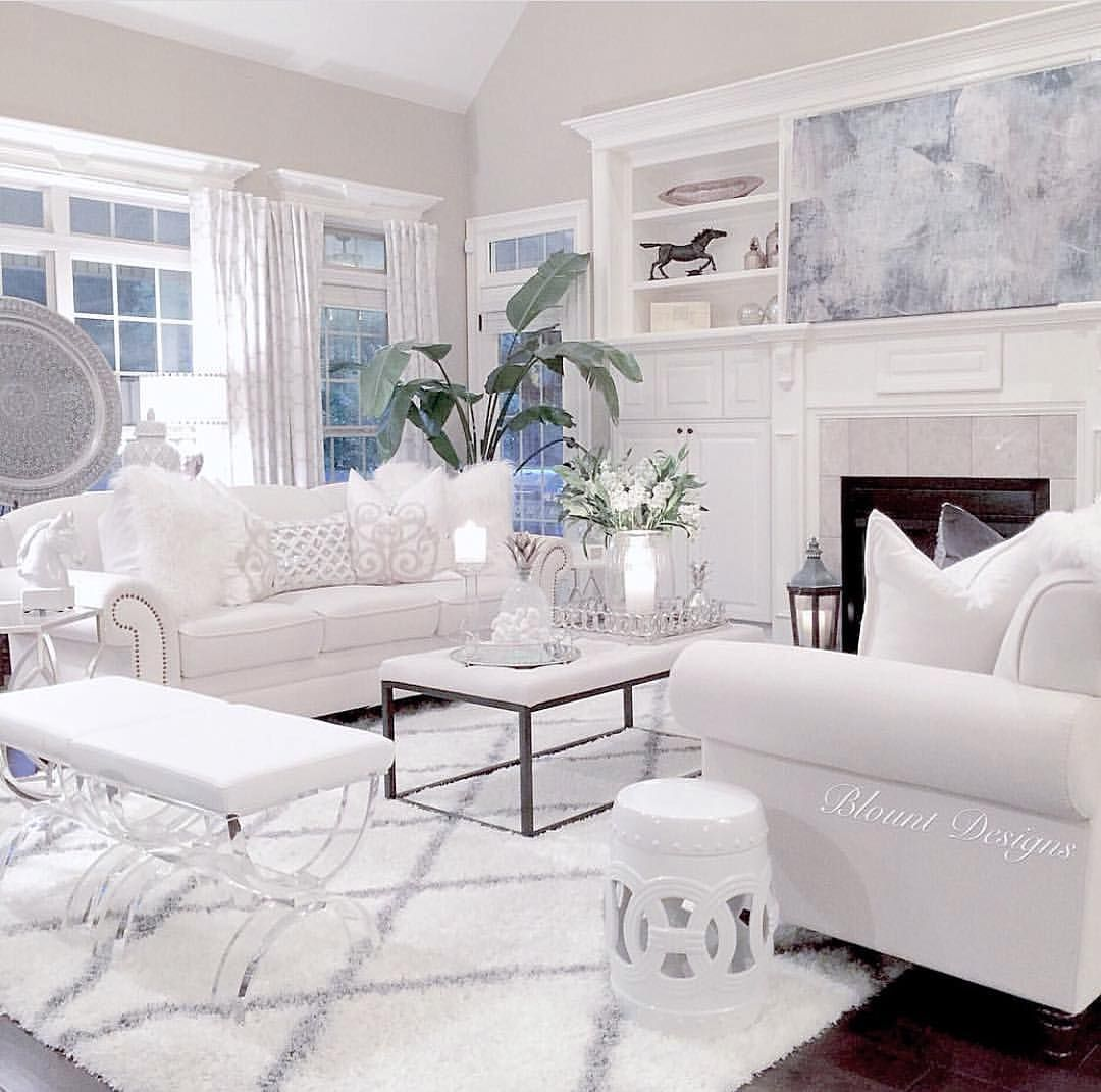 White Living Room: Pin By Leah Winkler On Family Room In 2019