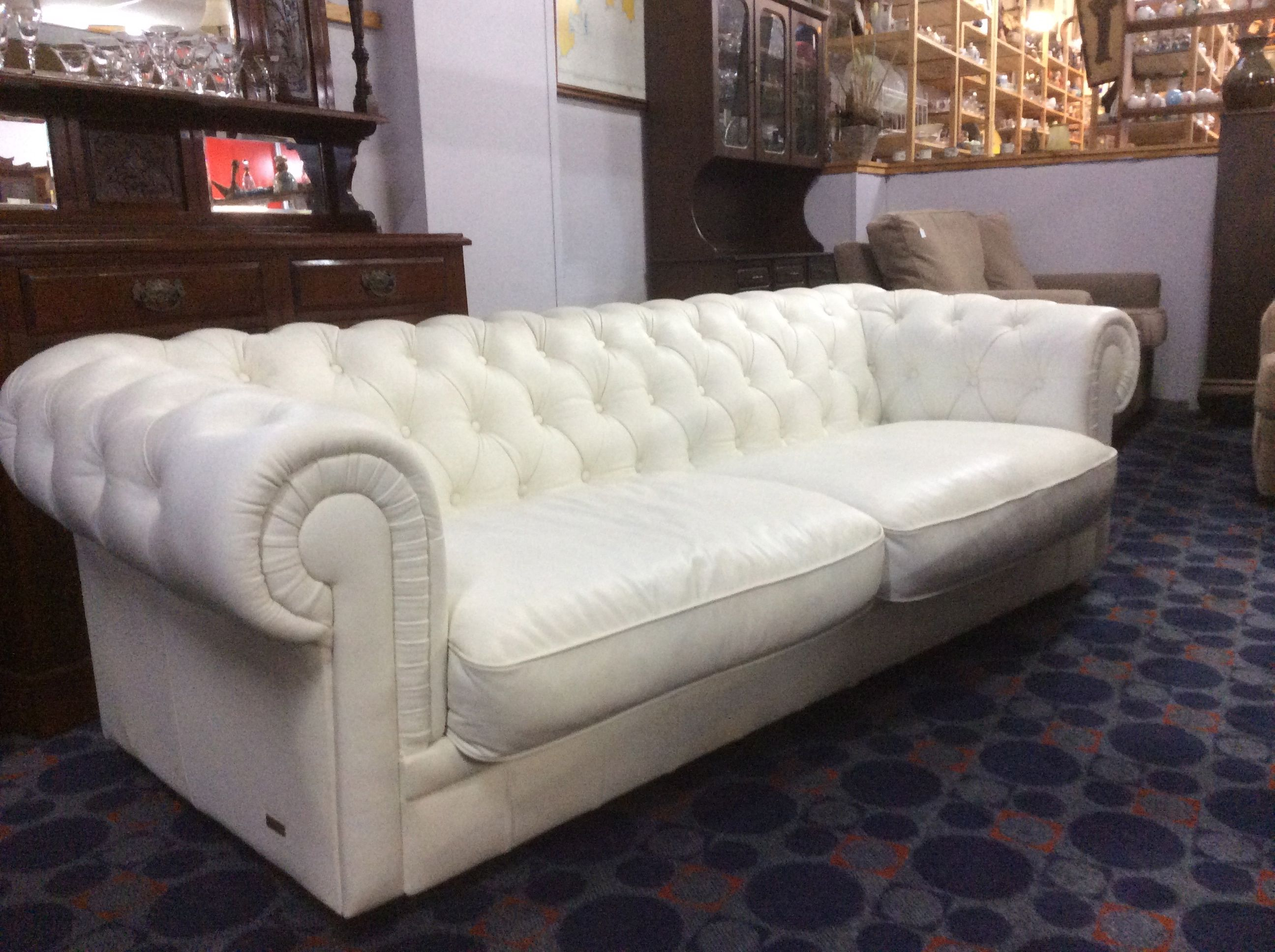 Chesterfield Sessel Weiss Chesterfield Sofa In Modernem Weiß Leder Sofa Weißes Leder