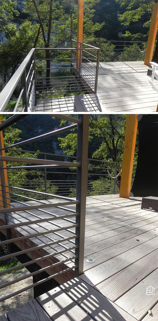 Terrasse en thermofrêne sur pilotis #terrassebois Railing