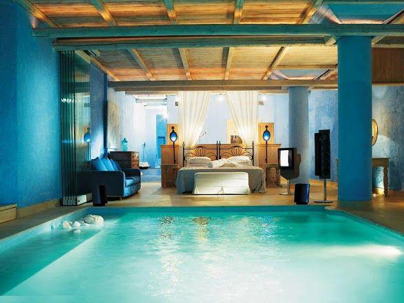 pool beside bedroom