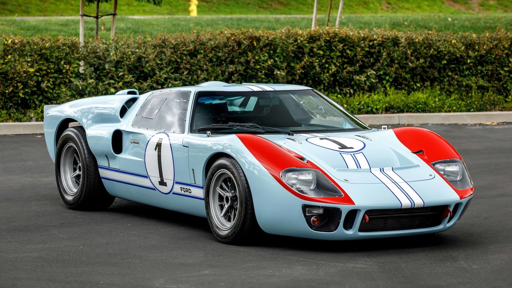 You Can Own One Of The Superformance Ford Gt40 Replicas From The