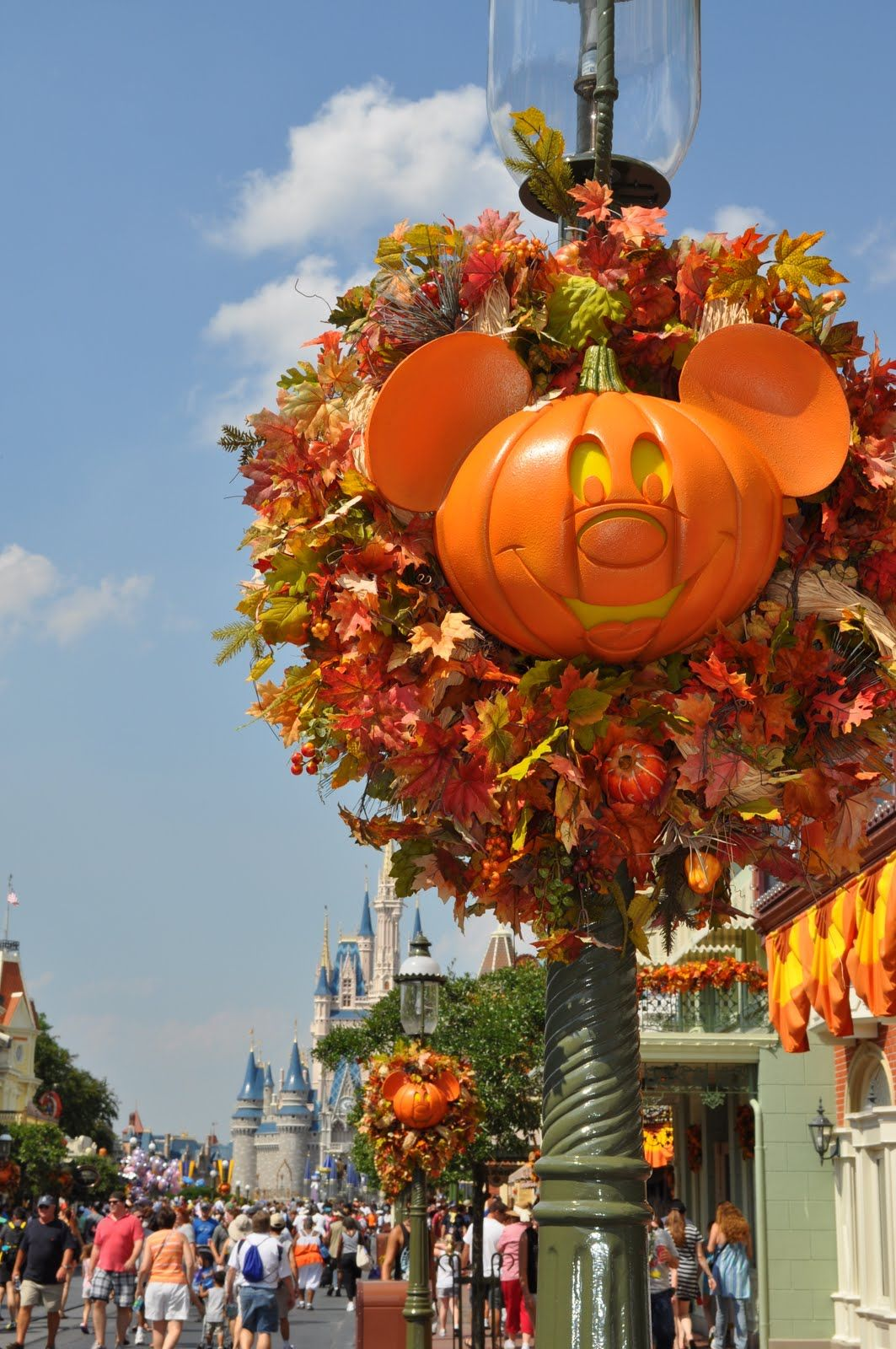 Halloween In Disney Florida.5 Days Until Mickey S Not So Scary Halloween Party Disney