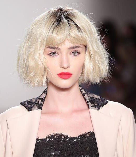 Trecce, wet, volumi e onde per gli hair look primavera e estate
