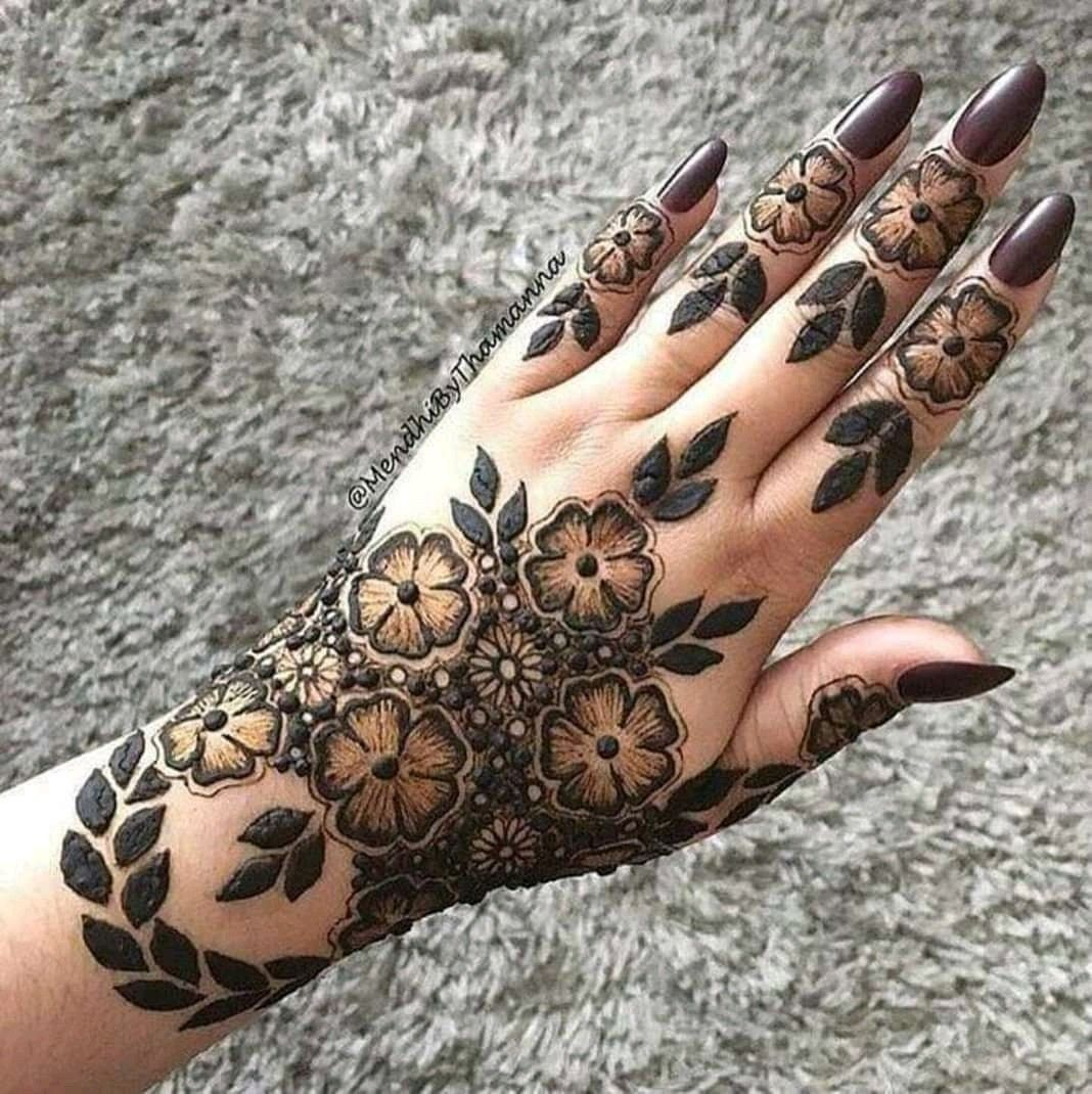 Pin by Pooja Sharma on Unique mehndi designs And Tattoos