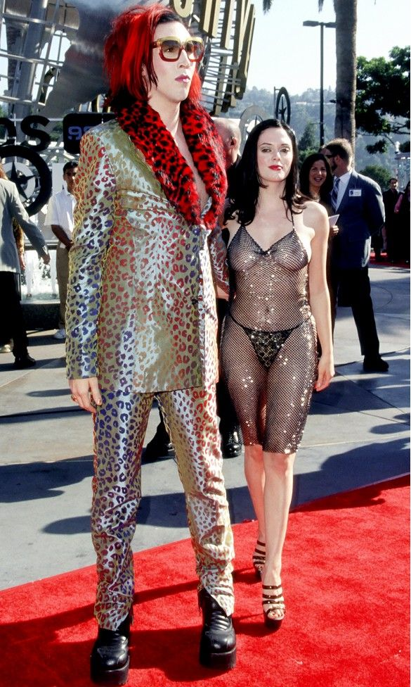 Rose McGowan hiding nothing at the 1998 MTV Video Music Awards