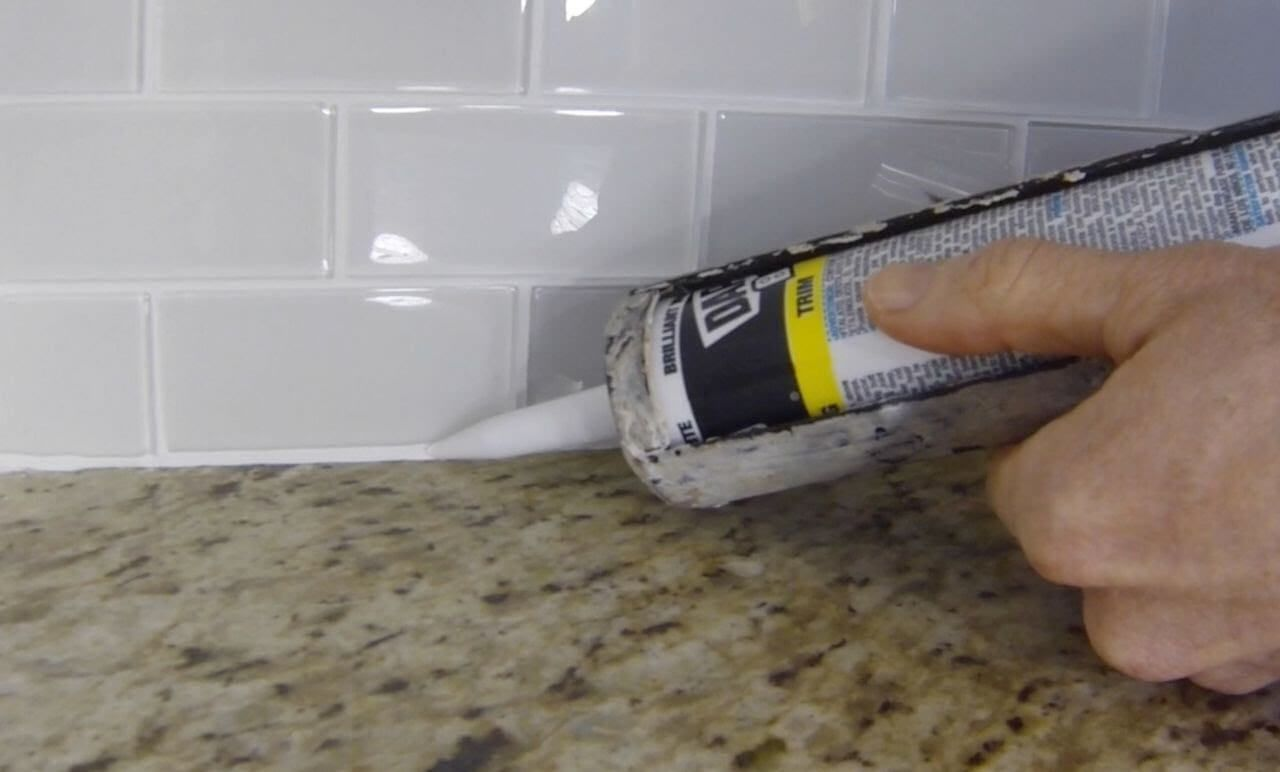 6 Problems You Can Solve With Caulk Kitchen Tiles