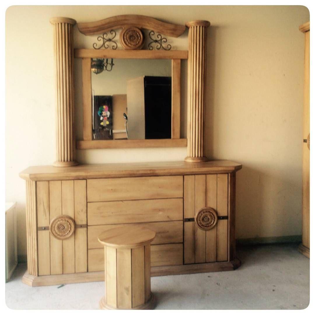 For Sale Wood Cabinet Classic Style With Mirror Chair Price 45 Bd البيع تسريحة خشب كلاسك مع كرسي بحالة جدا ممتازةء السعر Decor Home Decor Furniture