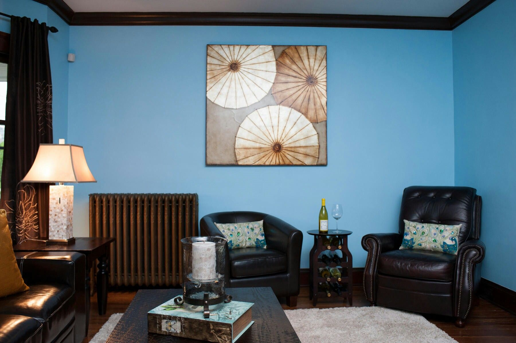 Ideas Interesting Blue Living Room Decors Black Barrel Chair Feat