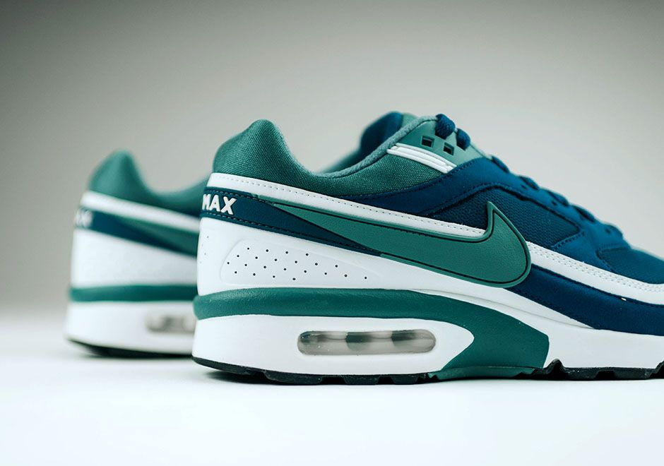 separation shoes 9d70d 7b76f Nike Air Max BW Marina Blue Green Jade Retro   SneakerNews.com