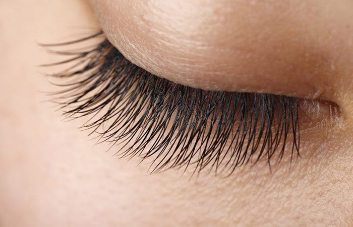 10 Natural Remedies To Grow Longer Eyelashes How To Grow
