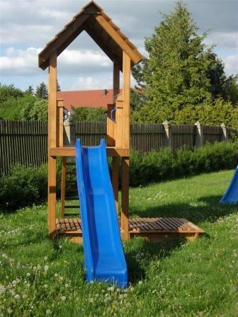 die obi selbstbauanleitungen obi kinderparadies garten kinderspielplatz garten und garten ideen. Black Bedroom Furniture Sets. Home Design Ideas